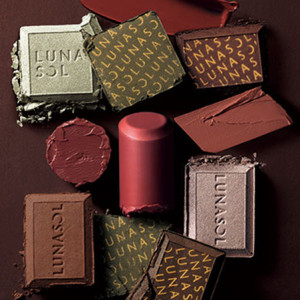8月21日(金)発売!カネボウ化粧品のルナソル(LUNASOL) セレクション・ドゥ・ショコラアイズ