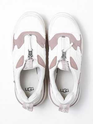 "「 UGG × emmi ( アグ×エミ) 」 ""CA805 Zip"" 8/8(土)発売!"