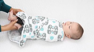 日本初上陸!【Sleeping Baby】スカートタイプの進化型ベビー服「おくるみん」新登場!