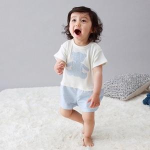 国産ベビー服ブランド 【Chêne(シェヌ)】× アレルギーナビゲーター細川真奈氏とのコラボアイテム発売